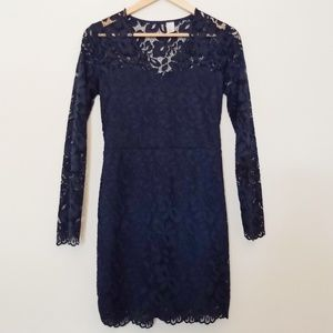 H&M navy long sleeve scallop v neck lace dress